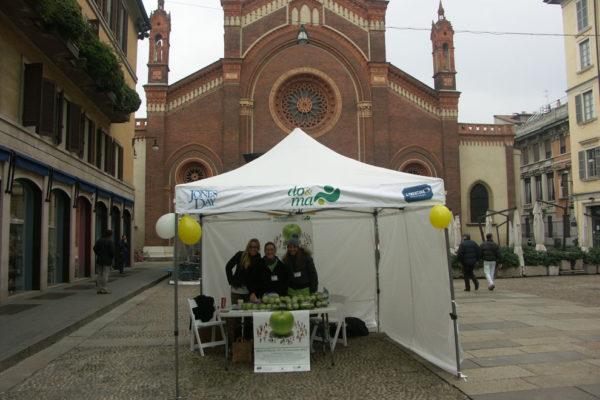 Carmine02-2012